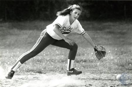 Image: di75952 - Unidentified Scott High School softball player