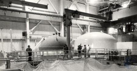Image: di79579 - Nuclear reactor cover on left, containment vessel cover on right. Zimmer Nuclear Power Plant.