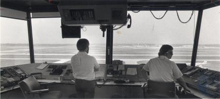 Image: di80444 - Unidentified air traffic controllers at GCNKYIA.