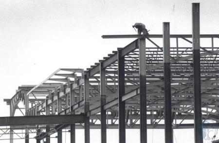Image: di81976 - Steel framework of 47 million dollar Delta terminal at NKY/GCIA. Iron worker not identified.