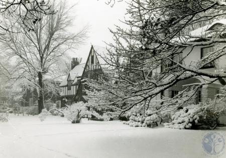 Image: di83413 - Snowy street (Ft. Wright?)
