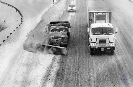 Image: di85661 - Bert Workum and Joey Hackson plowing S I-75. From Kyles Lane overpass.