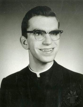 Image: di88176 - Rev. Daniel Saner, newly ordained Diocese of Covington.