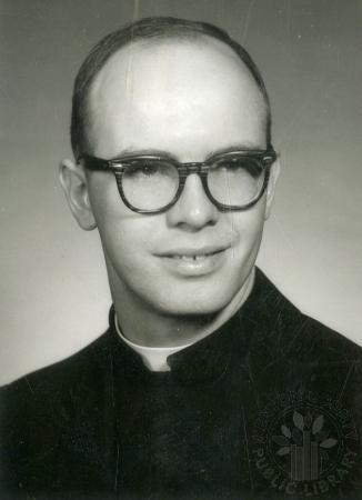 Image: di88179 - Rev. Wilfred Fraenzle