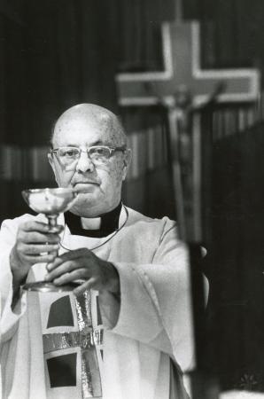 Image: di89313 - Rev. Henry Haake