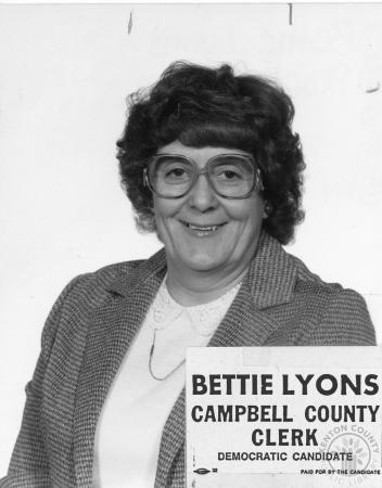Image: di91375 - Bettie Lyons