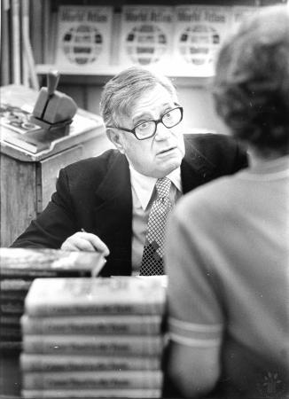 Image: di92650 - Jesse Stuart, Kentucky author, at book signing
