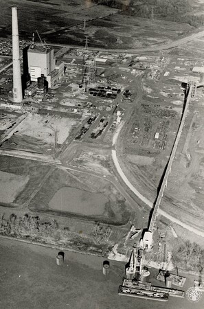 Image: di95998 - East Bend Power Plant & coal loading/unloading facility.