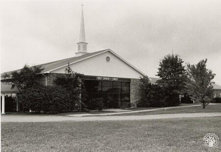 Image: di96158 - Exterior of church