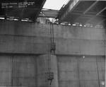 di128676 - Telephone platforms, pier 9, I-471 bridge ...