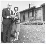 di22033 - Mr. and Mrs. Everett Meek, IRS district director ...