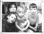 di63778 - Linda Adkins, her son Jerry Honaker (9), ...