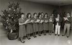 di97132 - The Conner H.S. Chamber Choir sang Christmas ...