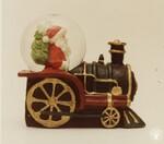 di98653 - Santa on a train